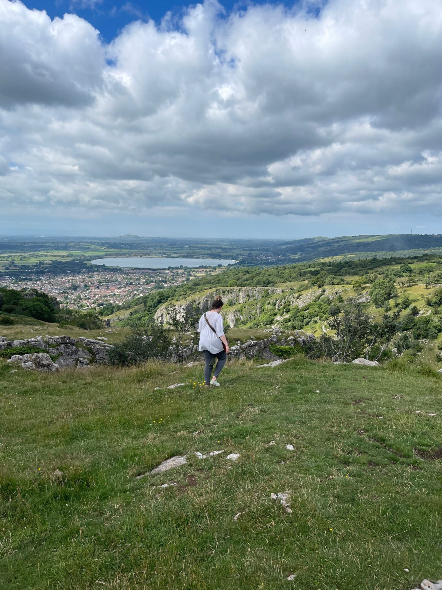 best places to visit wiltshire cheddar gorge
